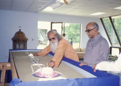 Swami Satchidananda with Scale model of LOTUS